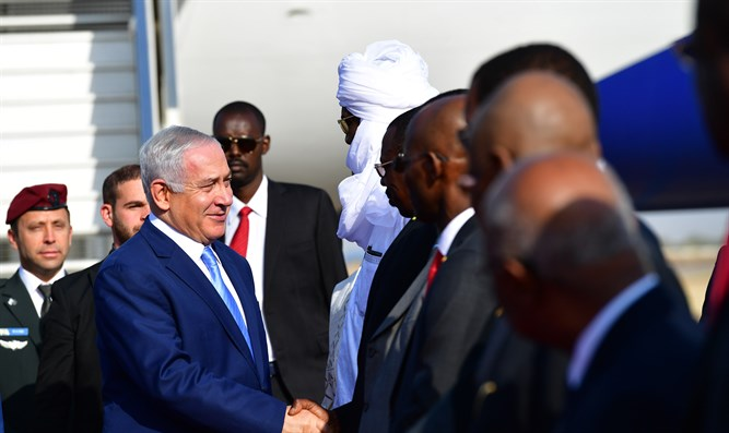 PM Netanyahu lands in Chad