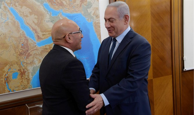 Netanyahu meets with New Zealand defense minister in Jerusalem