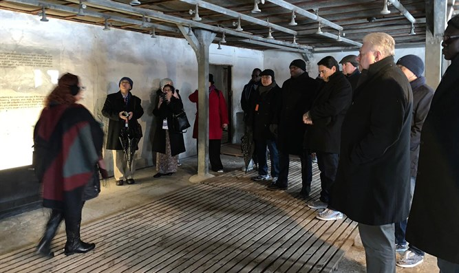 Ambassadors in Majdanek death camp