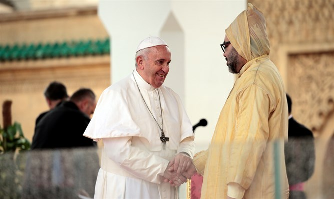 Pope Francis and King Mohammed VI of Morocco visit the Hassan Tower