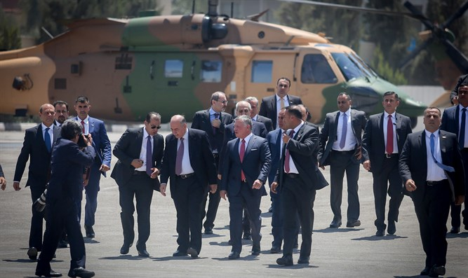 King Abdullah II and his coterie
