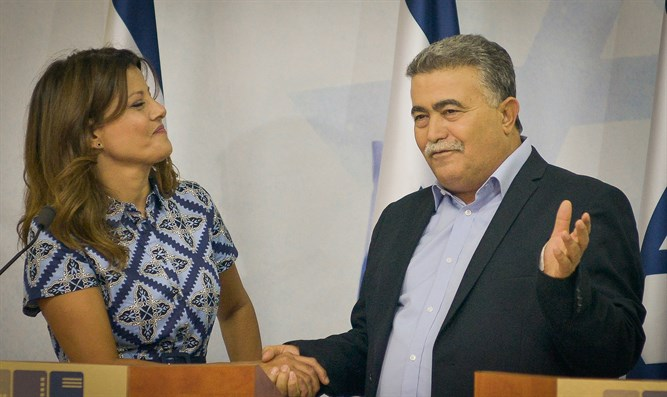 Orly Levi-Abekasis agrees to merger with Labor's MK Amir Peretz