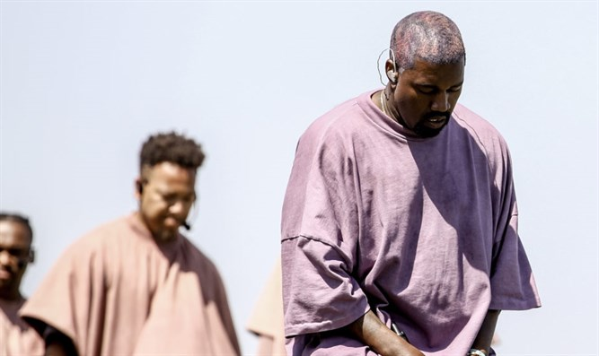 Kanye West performs with his Sunday Service choir