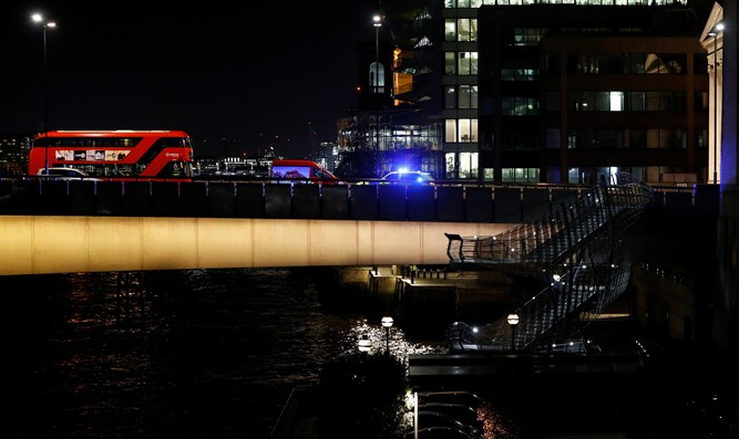 Police vehicle at site of London Bridge attack