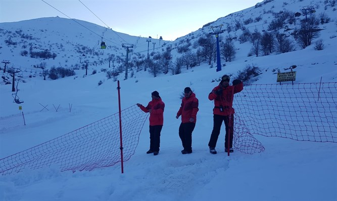 After heavy snowfall, Mt. Hermon in the Golan opened to visitors