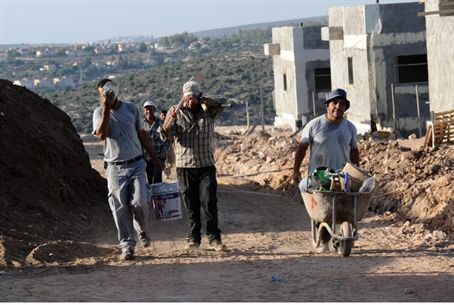 PA workers in Samaria Jewish town