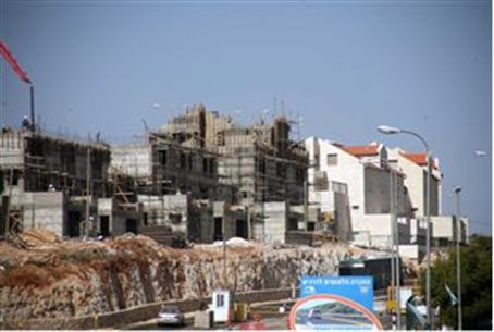 Construction in Kiryat Arba, Judea