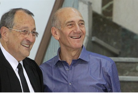 Olmert with attorney Eli Zohar
