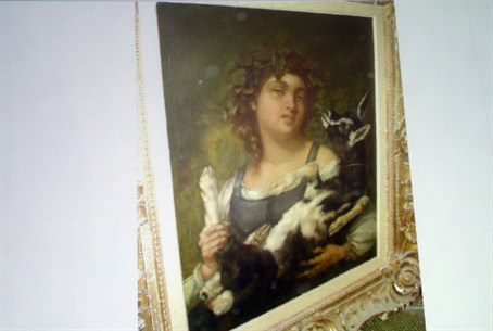 Stolen artwork seized by Nazis (file)