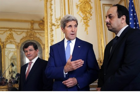 Kerry meets with Turkish, Qatari diplomats
