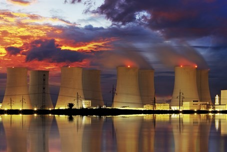Nuclear plant (illustration)