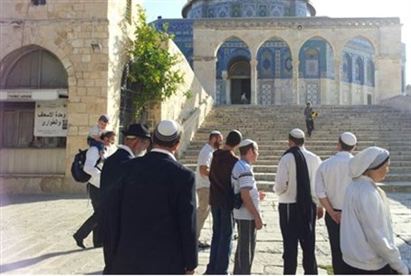Jews on Temple Mount