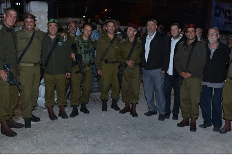IDF Central Command officers at Joseph's Tomb