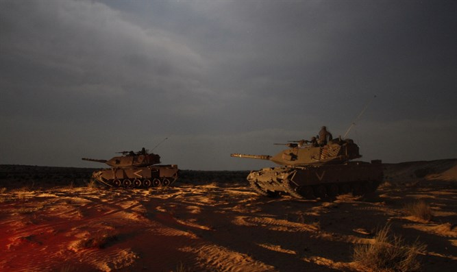 IDF tanks near Gaza