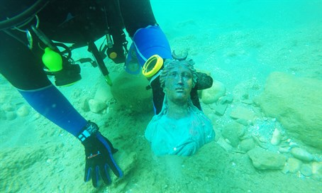 Figurine of moon goddess Luna as discovered on seabed