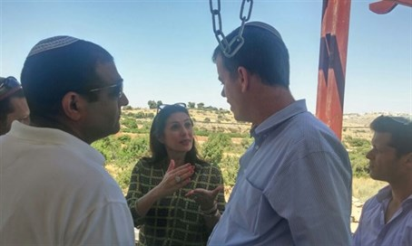 Regev looking at Hill 18