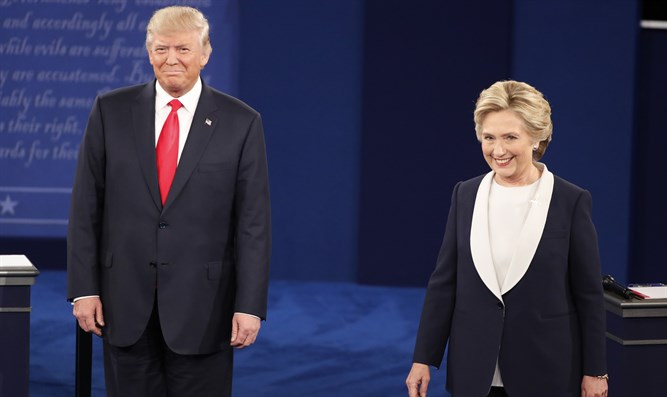 Trump and Clinton at the second debate