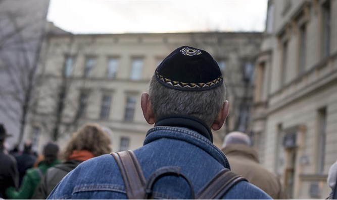 Jewish man with kippah (illustrative)
