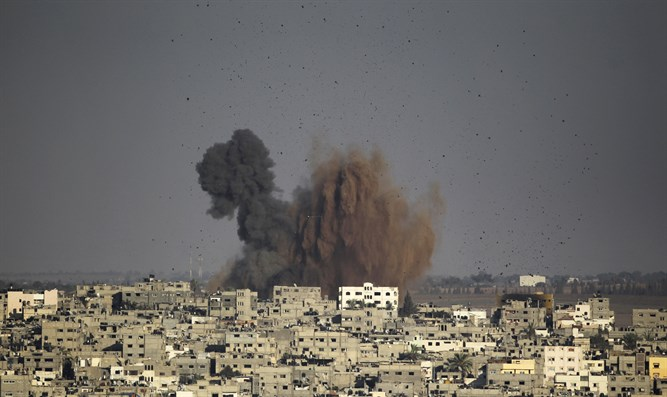 Air strike in Gaza