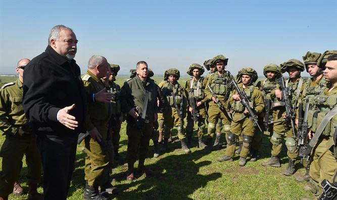 Minister Liberman at Golani Brigade exercise