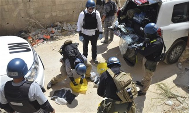 UN chemical weapons experts in Syria