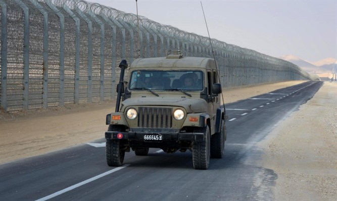 Security fence on Israel-Egypt border