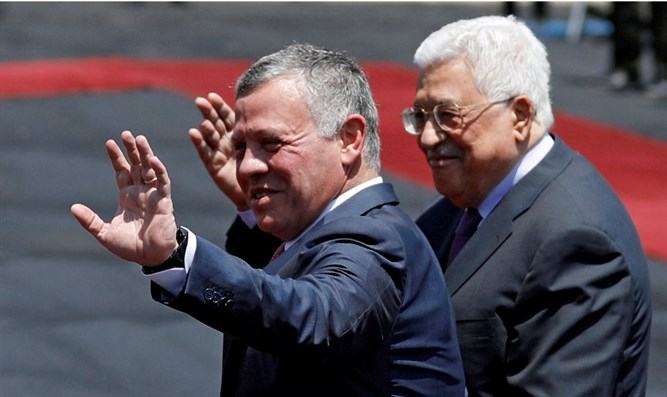 The King and I: Jordan's King Abdullah II and PA President Mahmoud Abbas wave during recep