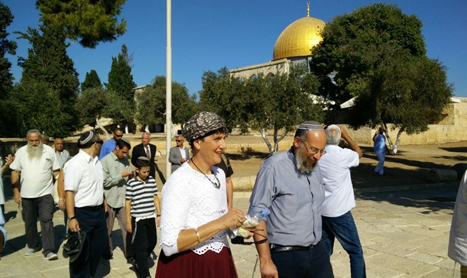 MK Moalem-Refaeli on Temple Mount tour