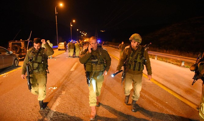 IDF forces near the scene of the terror attack