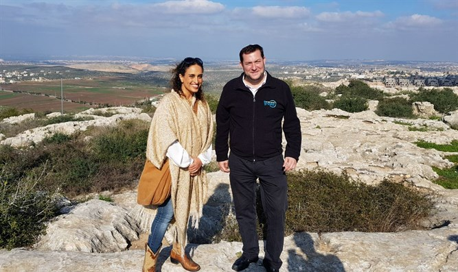 Nini and Dagan in Samaria