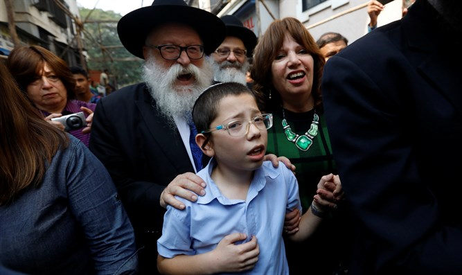 Moishy Holtzberg, son of murdered Chabad emissaries, in Mumbai