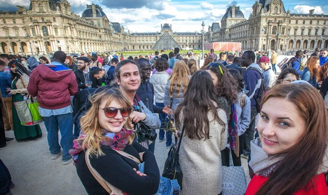 Participants in the Eurostars trip to France in 2015 at the Louvre Museum in Paris.