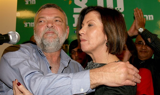 Gilon and Gal-on celebrate Meretz victory, 2012