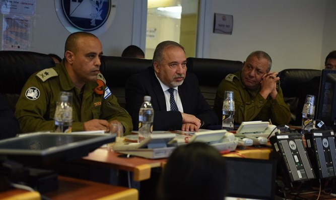 Chief of Staff Eizenkot with Defense Minister Liberman
