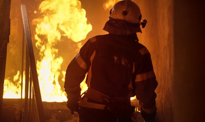 Firefighter (stock image)