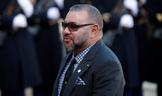 King Mohammed VI arrives at the Elysee Palace