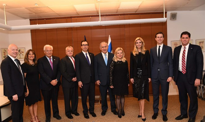 Greenblat (on the left) with members of the American delegation and Netanyahu