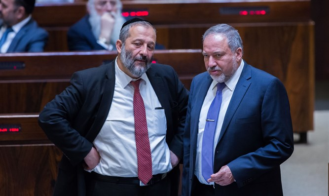 Basis for Right government? Deri and Liberman
