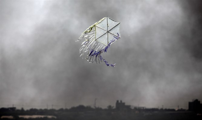 A terror kite over gaza border