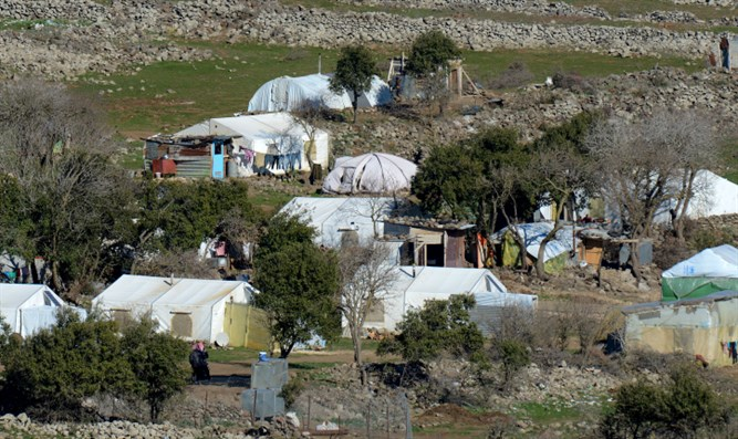 Syrian refugee tents along Syrian-Israeli border