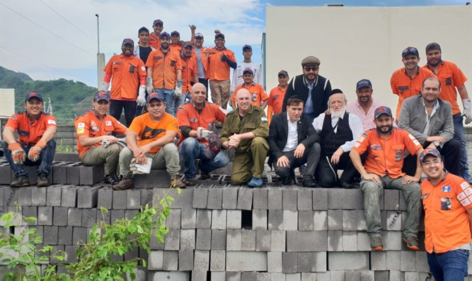 ZAKA volunteers helping Guatemala rebuild