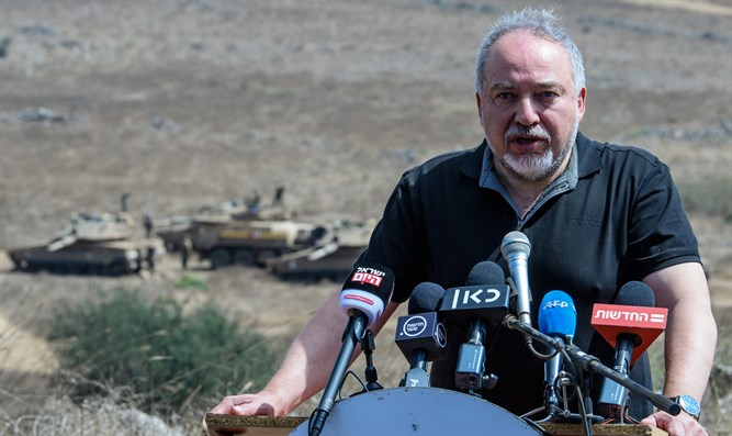 Liberman briefs reporters