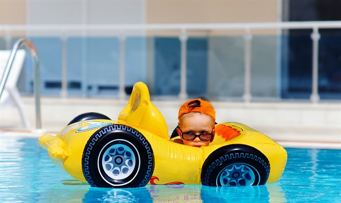 Car in swimming pool