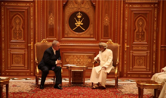 Netanyahu visits Oman in 2018