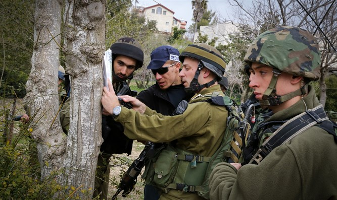 Israeli reserve soldiers in massive training drill in Efrat