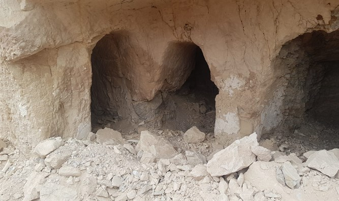 Looted Catacombs near Jericho