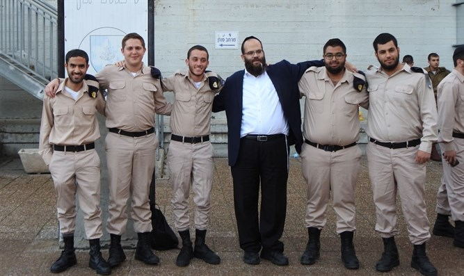 Rabbi Avraham Borodiansky with haredi service members