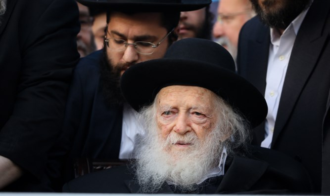 Rabbi Chaim Kanievsky attends pre-election rally in Jerusalem, April 8, 2019