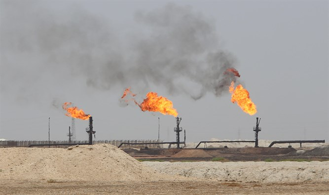 West Qurna-1 oilfield, operated by Exxon Mobil, near Basra, Iraq