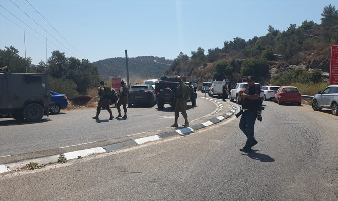 IDF forces at the scene of the attack